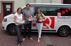 Bildungscoaches Wiesbaden mit Infomobil unterwegs